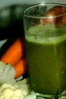 Beneficios del jugo de zanahoria betabel y pepino