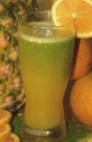 Jugo de nopal con naranja y piña para adelgazar