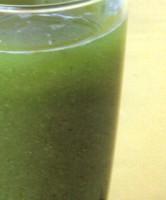 Cómo hacer jugo de alfalfa y limón