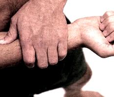 Cómo dar un buen masaje en los antebrazos