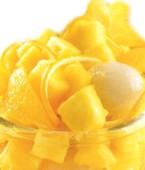 Cómo preparar un coctel piña con naranja y lichis