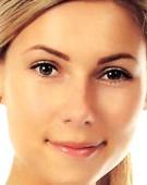 Yema de huevo beneficiosa casera para el rostro