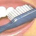 ¿No lavarse los dientes causa mal aliento?