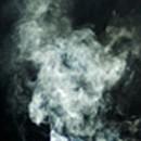 ¿De qué manera afecta la inhalación de monóxido de carbono a la salud humana?