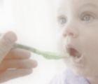 ¿Qué alimentación debo darle a mi bebé de 6 meses de edad?