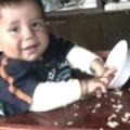 ¿Cuándo es recomendable dar comida a un bebé?