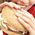 ¿Cómo eliminar un atracón de comida?