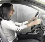 ¿Cuál es la postura adecuada y recomendada para conducir?