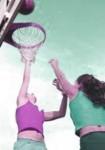 ¿Qué beneficios nos brinda el baloncesto en grupo?