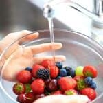 Riesgos de consumir frutas y verduras sin lavar
