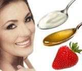 Beneficios de la mascarilla de yogurt miel y fresa para el cutis
