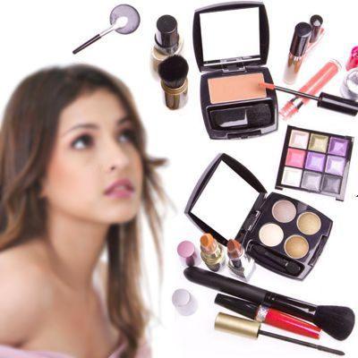 Una adicta al maquillaje