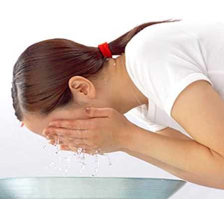 Limpieza facial ¿antes o después de bañarse?