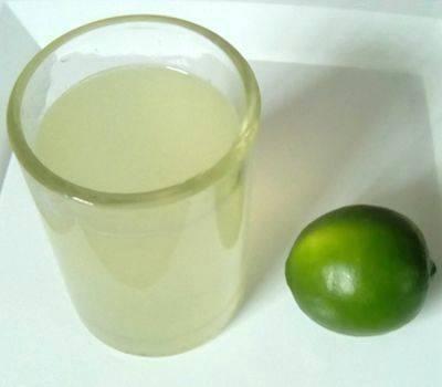 ¿Qué pasa al tomar un vaso de agua tibia con limón en ayunas antes de desayunar?
