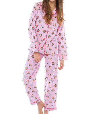 Importancia y beneficios de dormir con pijama